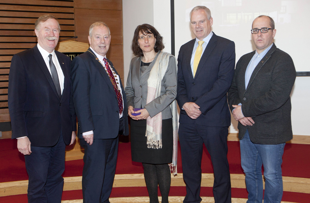 Ambassador Potzel in Sligo County Council Chamber with (L-R) Councillor Jerry Lundy, Cathaoirleach Councillor Kilgannon, Chief Executive Ciarán Hayes, Councillor Chris MacManus