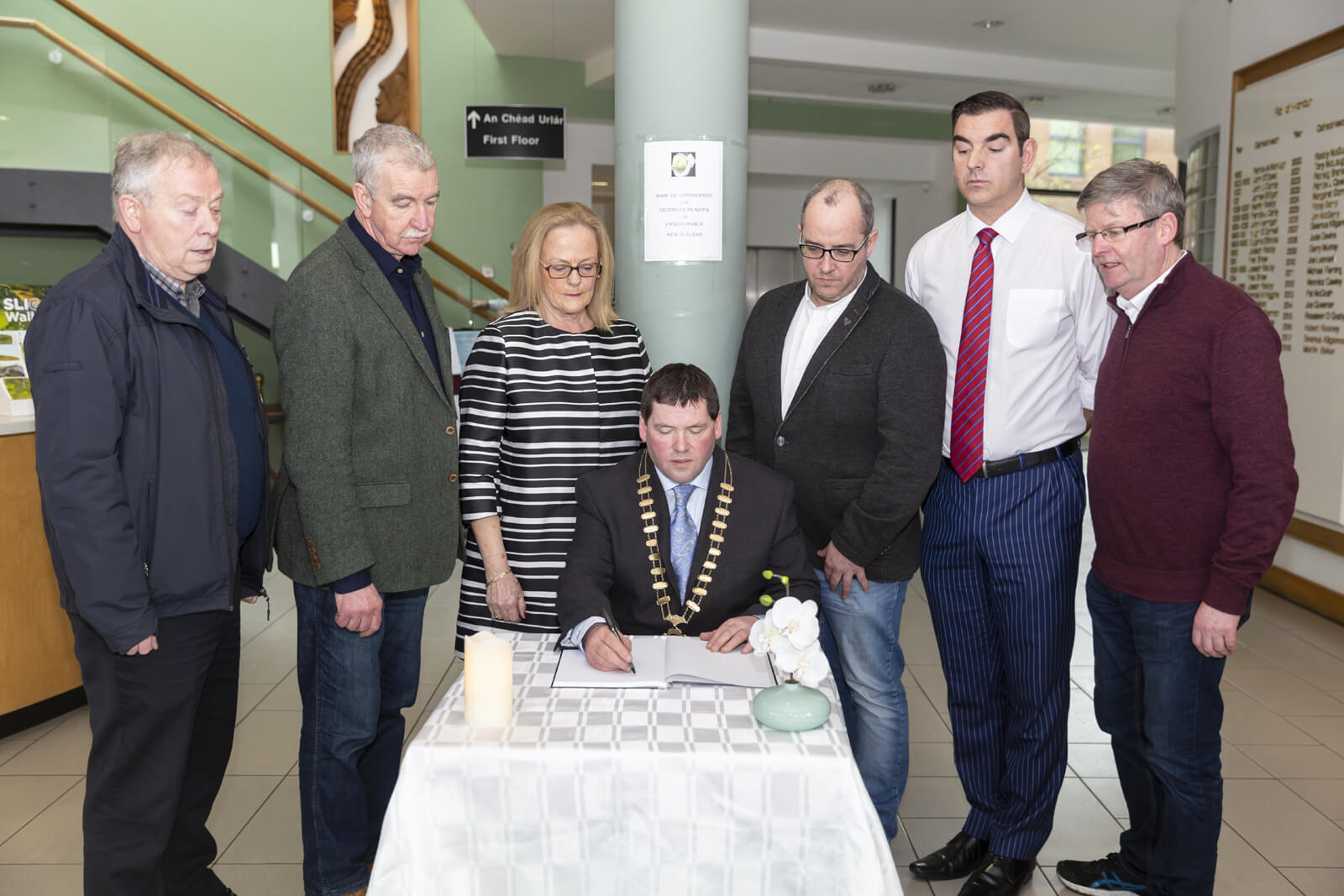 Cathaoirleach_Members_Book_Condolence1